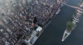 Links Midtown Manhattan - rechts Roosevelt Island - Photo: © 2013 Iwan Baan